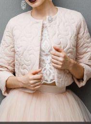 Новая коллекция стильных свадебных шубок